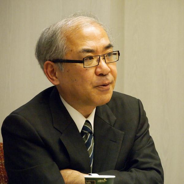 斉藤睦男弁護士